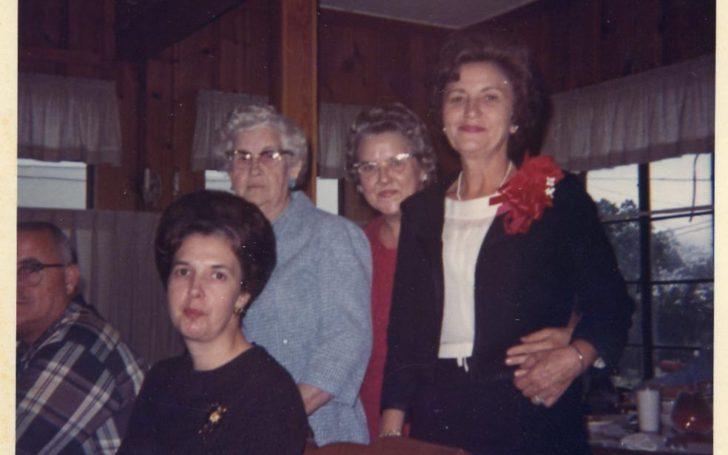 Martha Gibson, Virgie Hoover, Pauline Gibson, Ernestine Seitz